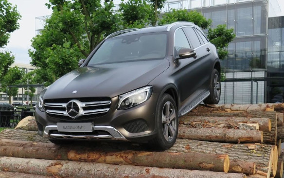<p><strong>Mercedes-Benz GLC</strong></p>
