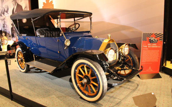 <p>1914 Russell Knight Model 28 on display in the Art and the Automobile exhibit organized by the Cobble Beach Concours d'Elegance at the 2017 Canadian International Auto Show, on loan from the Canada Science and Technology Museum in Ottawa.</p>