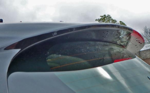 <p>Honda HR-V rear spoiler</p>