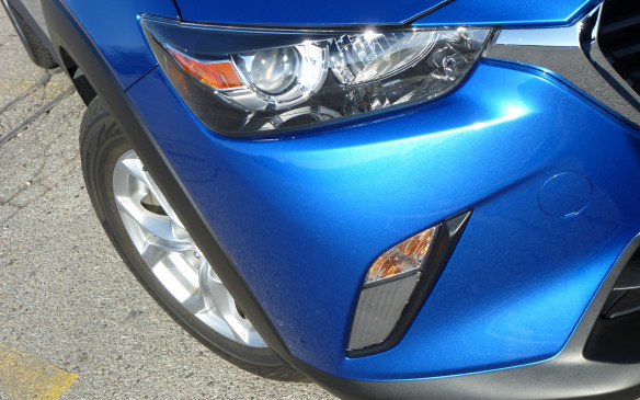 <p>Mazda CX-3 headlight</p>