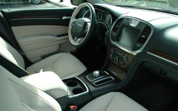 <p>2015 Chrysler 300</p>