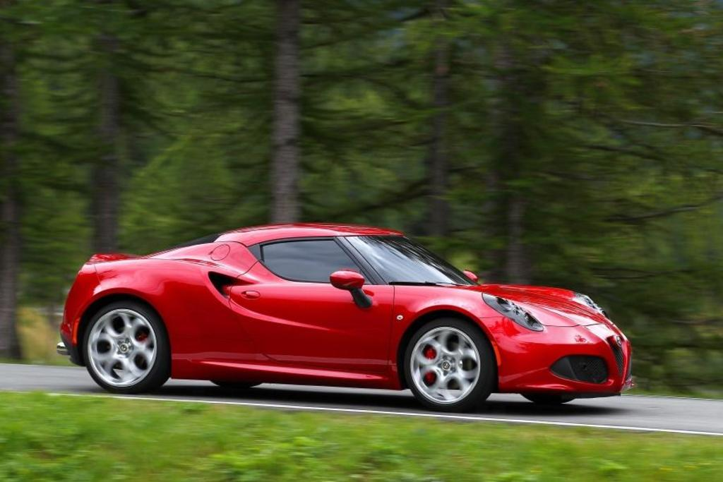 Read Auto News Chrysler Canada Prices Alfa Romeo 4c Autofile Ca