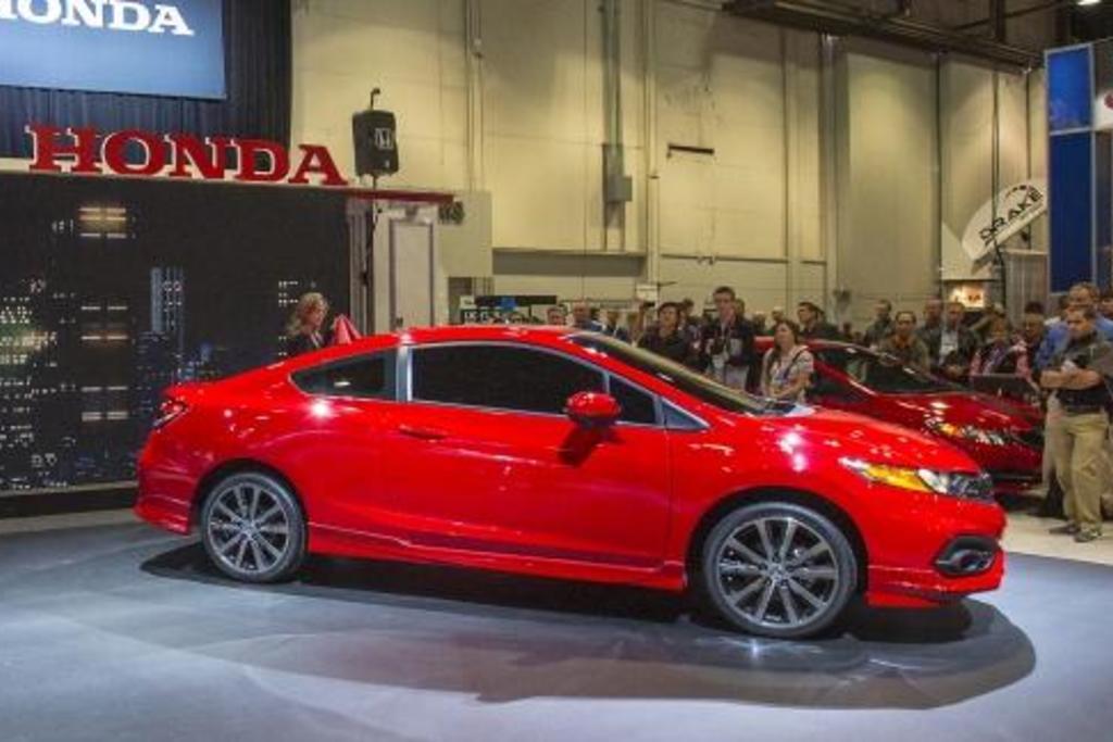 Read Auto News Honda Civic Tweaked For 2014 Autofile Ca