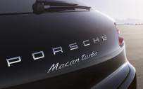 <p>2017 Porsche Macan</p>