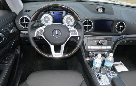 2013 Mercedes-Benz SL 550 - instrument panel