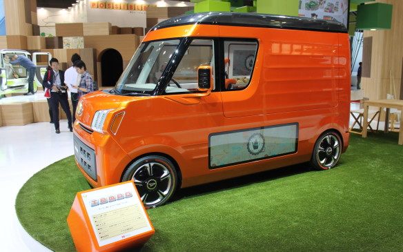 <p>This Tempo van, made by Daihatsu, is a compact delivery van with a difference...</p>