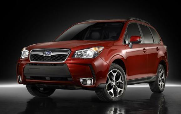 2014 Subaru Forester - front 3/4 view studio