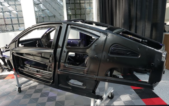 <p>The E1c prototype presented in L.A. is built on a unit-body steel chassis that was developed for Elio Motors by Schwab Industries and Roush Engineering, a surname quite famous in auto racing.</p>