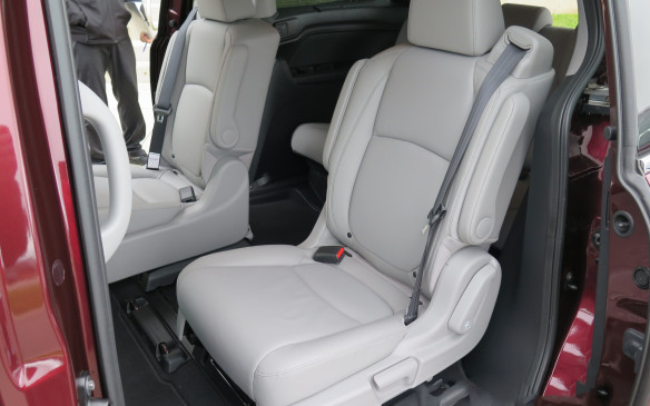 "<p>Either second-row seat can be moved toward the centre and forward for easier access by mom or dad. Or to the side for maximum separation from a sibling to lessen the chance of ""mommy he/she touched me"" or similar complaints.</p>"