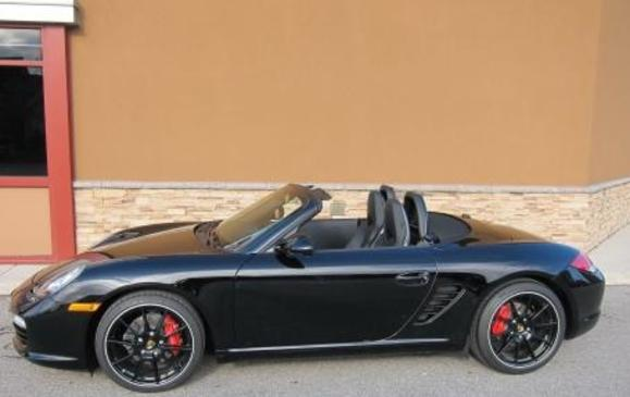 Porsche Boxster 2011 Black edition profile
