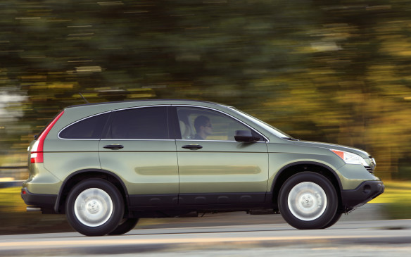 <p><strong>2007-10 Honda CR-V</strong></p> <p>Power was supplied by the Accord's DOHC 2.4-litre four-cylinder, good for 166 hp. The lone transmission was a five-speed automatic. The AWD system employed twin hydraulic pumps to engage the rear axle through a wet clutch pack, made to engage faster using new ball cams. The CR-V earned a refresh for 2010 with some styling tweaks and added horsepower (up to 180 hp). Reported mechanical snafus included broken a/c compressors, malfunctioning door locks and power window switches, leaky power-steering racks, bad wiper motors and tire-wear issues.</p>