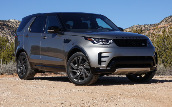 <p>The all-new 2017 Land Rover Discovery is both notably longer and wider, and yet almost half a tonne (480 kg) lighter than its predecessor, the LR4, which brings numerous benefits in terms of agility, safety, solidity and pure efficiency. The move from a classic, separate ladder frame construction to a unit body made up of 85% aluminium – 43% of it recycled – deserves most of the credit. Smooth and aerodynamic, the Discovery's new shape echoes the styling of its smaller Discovery Sport sibling, launched earlier.</p>
