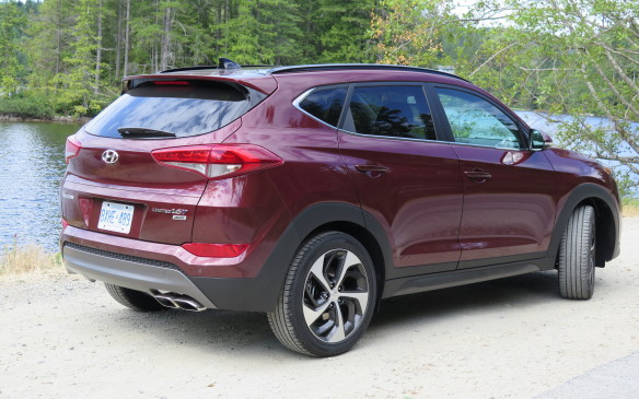 <p>The third generation Tucson is 75-mm longer, 30-mm wider, 10-mm lower and rides on a wheelbase that is 30-mm longer than the current model.</p>