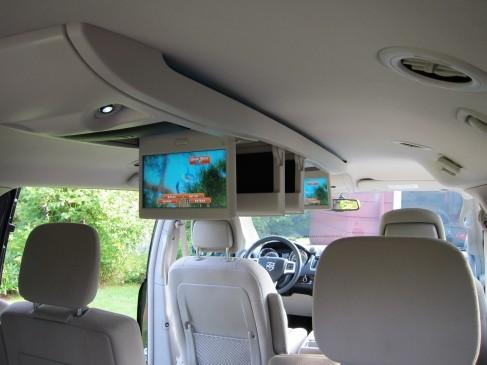 2011 Dodge Grand Caravan- infotainment