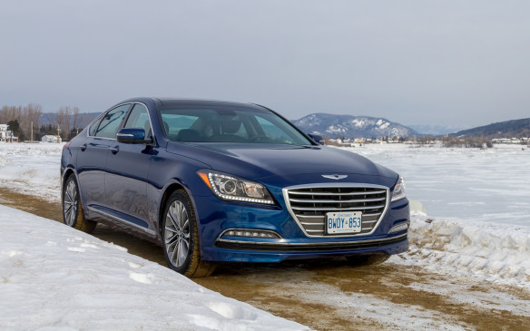 <p>The Genesis is offered with either a Lambda direct-injected 3.8-litre V-6 engine (311 horsepower; 293 lb-ft of torque) or a direct-injected Tau 5.0-litre V-8 (420 horsepower; 383 lb-ft of torque), both delivering their output to the HTRAC system through an eight-speed automatic transmission. The extended-wheelbase Santa Fe XL is only offered with a 3.3-litre Lambda II V-6 that delivers 290 horsepower and 252 lb-ft of torque to its FF Type system through a six-speed automatic transmission. </p>