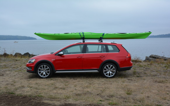 <p>The Alltrack doesn't just have its silver roof rails just for show, it's there to store a kayak, canoe or bicycle for those adventurous weekend getaways.</p>