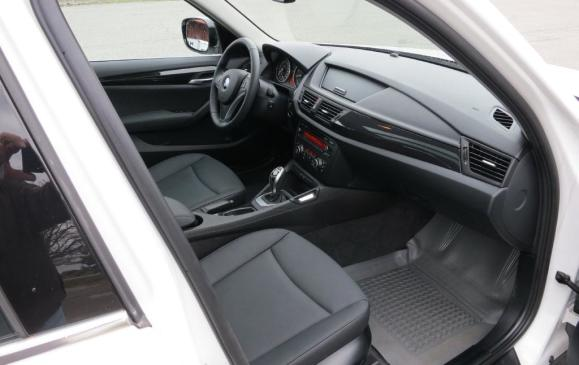 2012 BMW X1 - Front Seat
