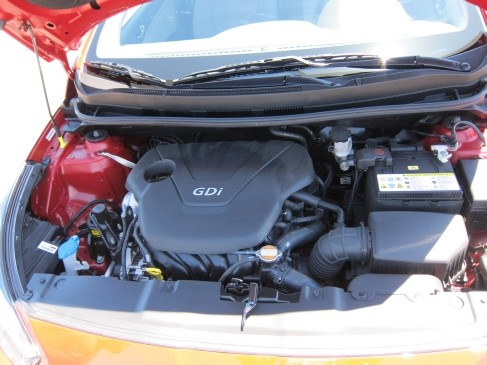2012 Hyundai Accent 5dr engine