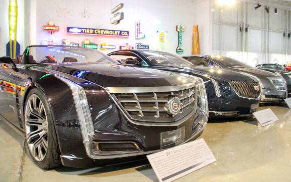 <p>The look carried on, however, evolving through this 2011 Ciel concept as well as other concept and production models.</p>