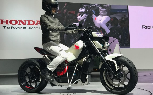 <p>Honda also brought out its Ride Assist-E motorcycle – or rather, it brought itself out. The electric-powered bike balances itself for greater rider safety.</p>
