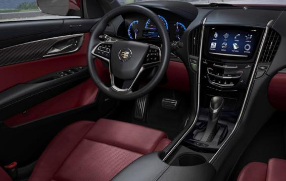 2013 Cadillac ATS - steering wheel and centre stack