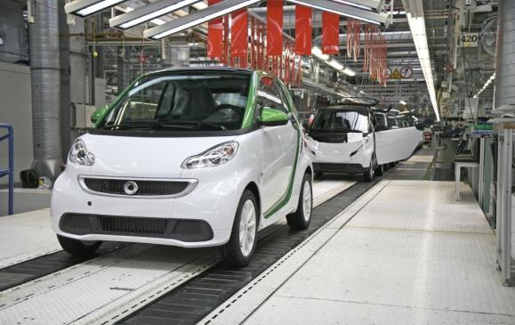 Smart fortwo electric drive starts production