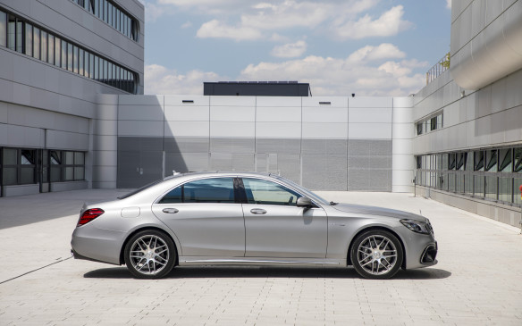 <p>With this new face-lift for the S-Class, Mercedes wants it to not only be the best car in the world, but to stay on top of its premium German competition during its lifecycle. BMW, Audi and now Porsche all want to make the same claim with their 7 Series, A8 and Panamera sedans.</p>