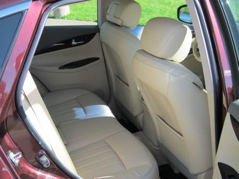 Infiniti EX35 2011 rear seat