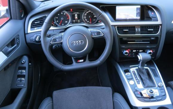 2013 Audi A4 - steering wheel, instrument panel, centre console and stack