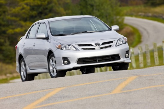2013 Toyota Corolla - front 3/4 view