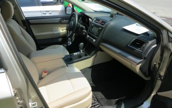 2015 Subaru Outback - front seats