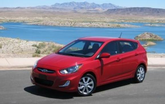 2012 Hyundai Accent 5dr