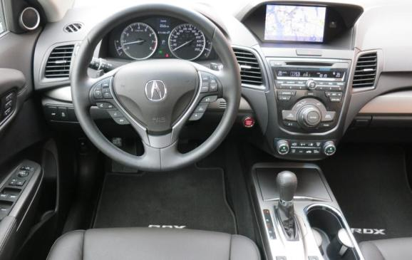 2013 Acura RDX - steering wheel and instrument panel