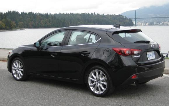 2014 Mazda3 - rear 3/4 view