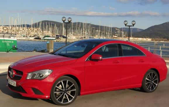 2014 Mercedes-Benz CLA - side 3/4 view