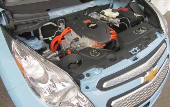 2014 Chevrolet Spark EV - Underhood