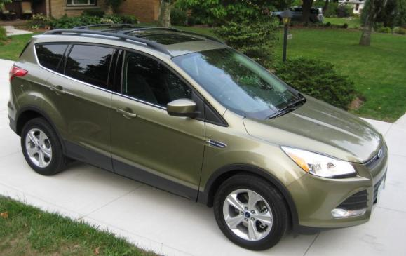 2013 Ford Escape - front 3/4 view high