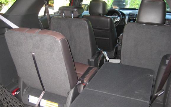2013 Ford Explorer Sport - rear seatbacks split