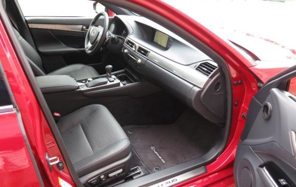 2013 Lexus GS350 F-Sport - front seats