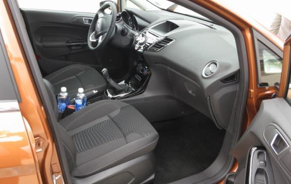 2014 Ford Fiesta 1.0 EcoBoost - front seats