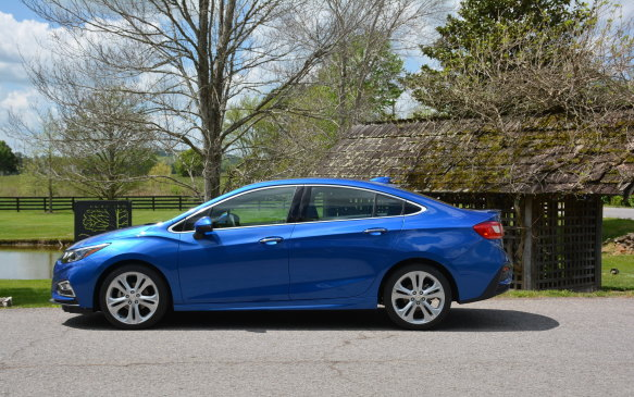 <p>It grows in length by 6.9 cm (2.7 in) and about 1.5 cm (0.6 in) in its wheelbase, but takes a bit off the top to create a lower roofline. This dimensional change gives the Cruze a longer and leaner look with a class-leading wheelbase that creates a spacious interior, especially in terms of rear legroom.</p>