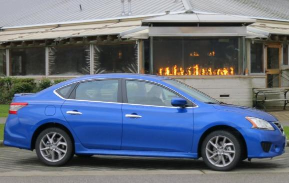 2013 Nissan Sentra - side view