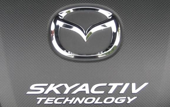 2014 Mazda3 - logo and SkyActiv detail