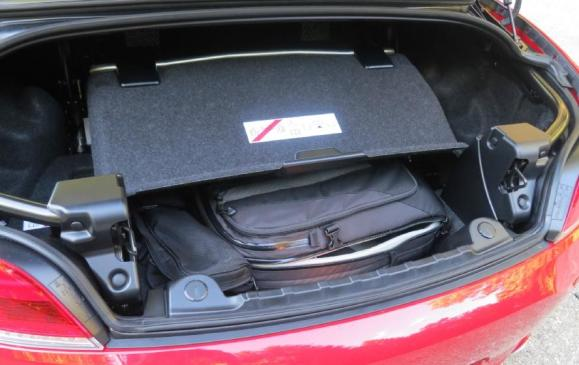 2012 BMW Z4 35is - trunk space top down