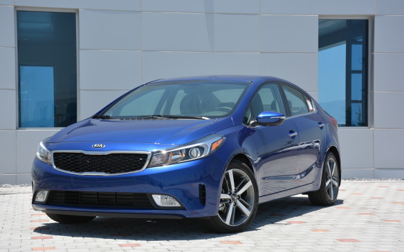 <p>Compared to other sedans in the segment, the Forte doesn't make a big statement in its design. The changes for 2017 are more to refine the look than to make a big splash. The styling can hold its own; it's an attractive car. Just don't expect it to stand out from a crowd.</p>