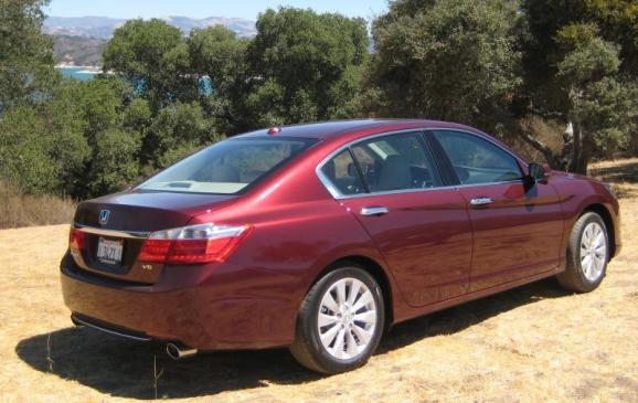 2013 Honda Accord - rear 3/4 view