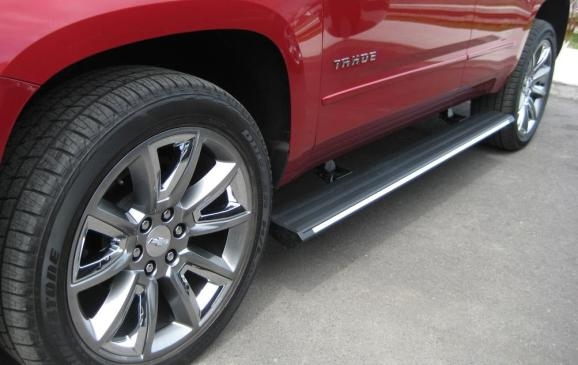 2015 Chevrolet Tahoe - retractable running boards