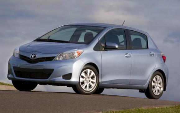 2012 Toyota Yaris Hatchback - front 3/4