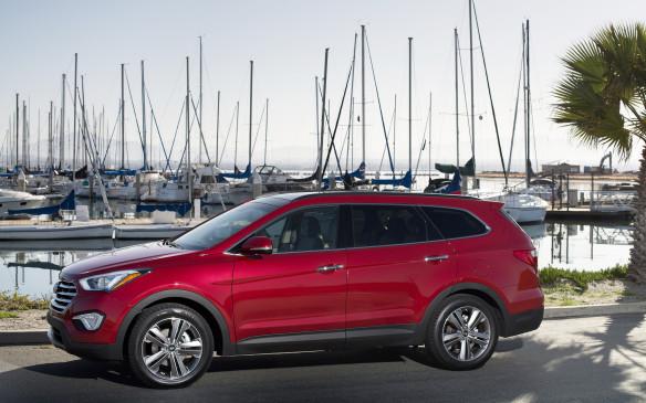 <p>Hyundai SantaFe XL</p>