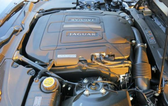 2013 Jaguar XKR -engine
